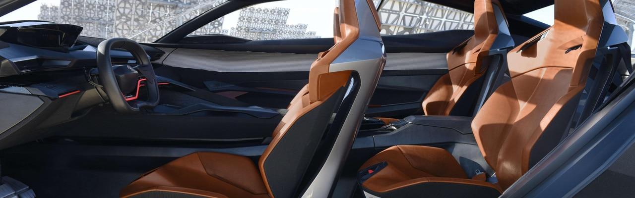 Peugeot Quartz -Découvrez l'espace intérieur orange volcanique du Quartz